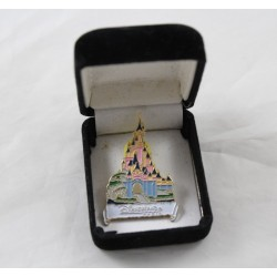 Pin's castle DISNEYLAND PARIS Sleeping Beauty 4 cm