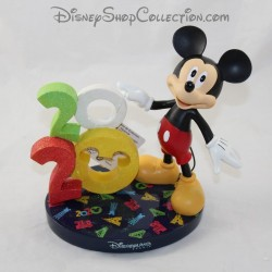 DISNEYLAND PARIS Mickey 2020 resin collection figure Disney 17 cm