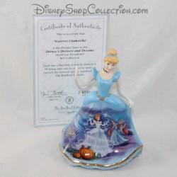 Figura de porcelana Cinderella DISNEY Bradford Ediciones Bell edición limitada vestido azul