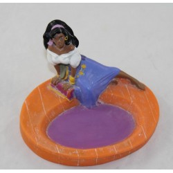 Figura Esmeralda GROSVENOR Il gobbo di Notre Dame indossa sapone di plastica morbida