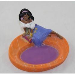 Figurine Esmeralda GROSVENOR Le Bossu de Notre Dame porte savon plastique souple