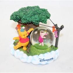 Snowglobe Winnie l'ourson DISNEY STORE fête Porcinet anniversaire 12 cm