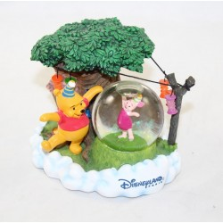 Snowglobe Winnie the CUB DISNEY STORE birthday party Piglet 12 cm