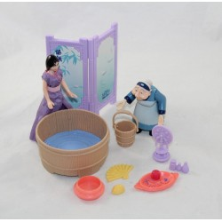 Mulan DISNEY figure with large mother play and preparation for the matchmaker