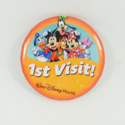 Badge 1st visita WALT DISNEY MONDO Topolino ei suoi amici prima visita arancione 7 cm