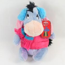 Peluche Bourriquet DISNEY STORE hiver manteau rose cache oreilles NEUF 24 cm