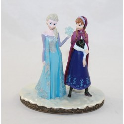Figure resin Elsa and Anna...