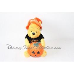 Peluche Winnie l'ourson DISNEYLAND citrouille Halloween chapeau sorcier