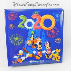 Album photo DISNEYLAND PARIS 2020 bleu feu d'artifice Mickey et ses amis