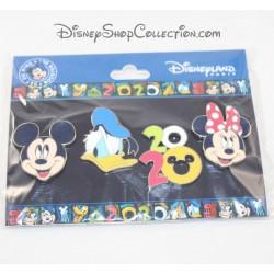 Juego de Pines Booster DISNEYLAND PARIS Mickey, Donald y Minnie
