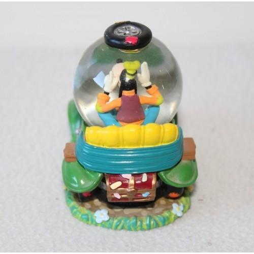 Snow globe dingo disney voiture verte boule neige 8 cm disneysh - Boule a neige collectionneur ...