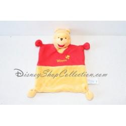Doudou plat Winnie l'ourson DISNEY BABY carré rouge et jaune velours tissu