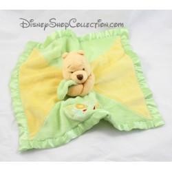 "Doudou plat Winnie l'ourson DISNEY STORE satin vert jaune "" Pooh """