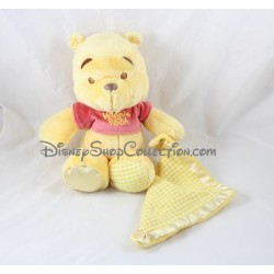 Peluche Winnie l'ourson DISNEY NICOTOY mouchoir satin et pied vichy