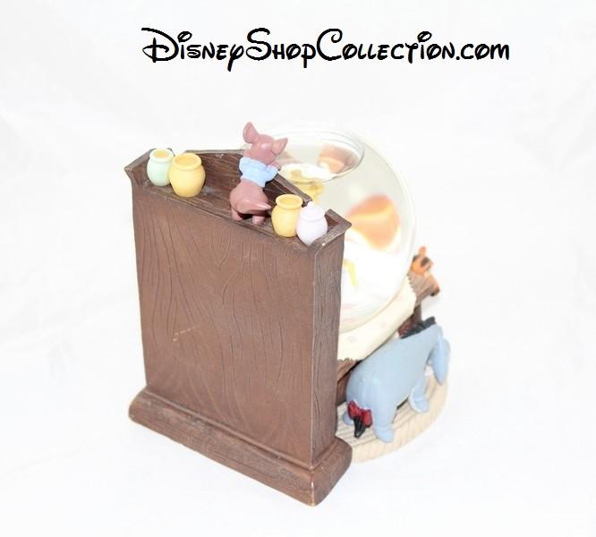 Snow Globe Winnie L Ourson Disney Store Cuisine Avec Ses Amis Boule