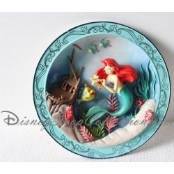 Assiette décorative la petite Sirène DISNEY Ariel en relief et résine 1989