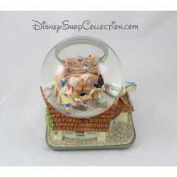 Snow globe musical Pinochio DISNEY When you wish upon a star boule à neige 19 cm