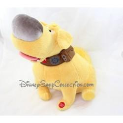Peluche interactive chien Doug DISNEY STORE Là-Haut Dug peluche parlante anglais 35 cm