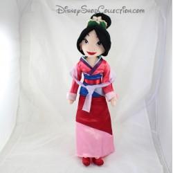 Poupée peluche Mulan DISNEY STORE robe satin rose rouge couronne 54 cm