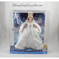 Poupée princesse Cendrillon DISNEY MATTEL Holiday Princess Cinderella