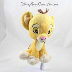 Peluche lion Simba NICOTOY SIMBA TOYS Le Roi Lion Disney feuille verte 22 cm