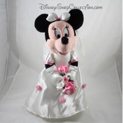 Peluche Minnie DISNEYLAND PARIS mariée bouquet de rose collection Mariage Disney 36 cm