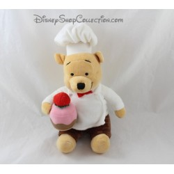 Peluche Winnie l'ourson DISNEY STORE chef patissier gâteau 25 cm