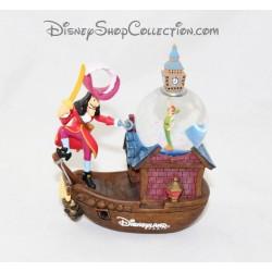 SnowGlobe Peter Pan DISNEYLAND boat captain hook snow globe