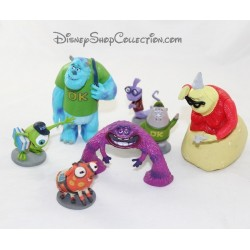 Figurines monsters Academy DISNEY STORE lot of 7 action figures playset monsters and company