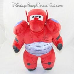 Peluche Baymax PLAY BY PLAY Disney Les nouveaux héros costume rouge 34 cm