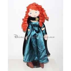 Muñeca de peluche Mérida DISNEY STORE rebelde princesa Disney 50 cm