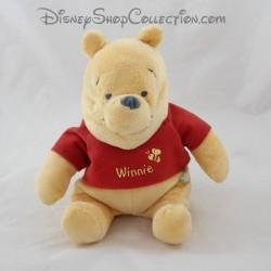 Peluche Winnie l'ourson DISNEY BABY t-shirt rouge abeille 22 cm